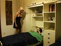 HORNY ITALIAN MOM ANALYSED BY GUY - ROLEPLAY  -JB$R